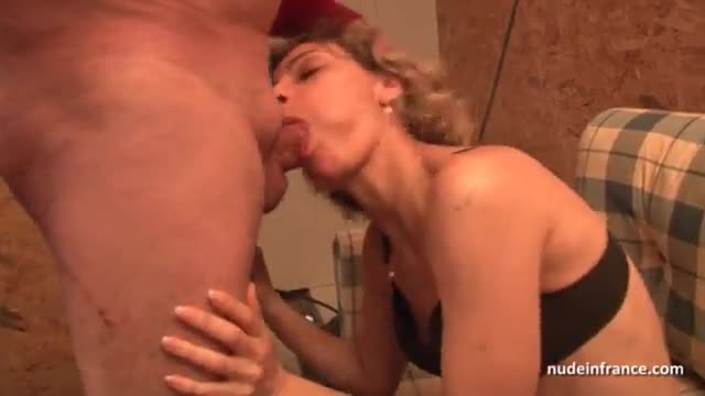 Horny french mom hard anal pounded and facial jizzed in 3some with Papy Voyeur